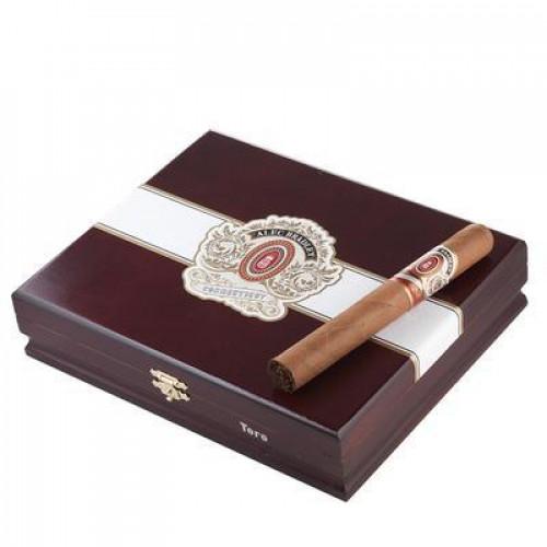 Сигара Alec Bradley Connecticut Toro