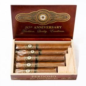 Сигары Perdomo 20th Anniversary Sun Grown Gift Pack в подарочной упаковке