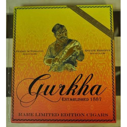 Сигары Gurkha Grand Reserve Robusto Natural Tubos в подарочной упаковке