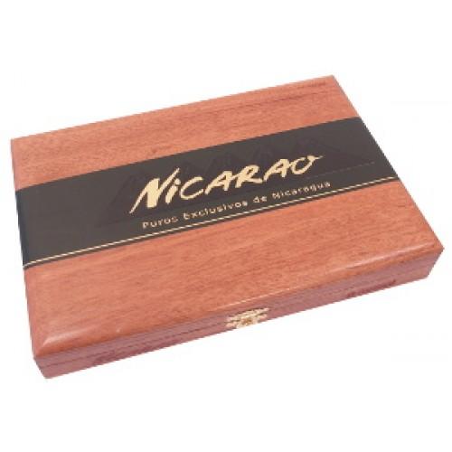 Nicarao Puro Exclusivo Romeo Figurado