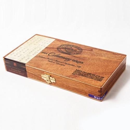 Сигары Padron 1964 Anniversary Sampler в подарочной упаковке