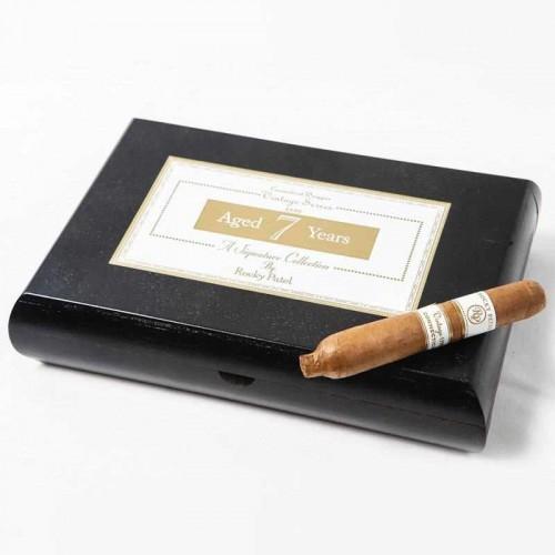 Сигара Rocky Patel Vintage 1999 Perfecto