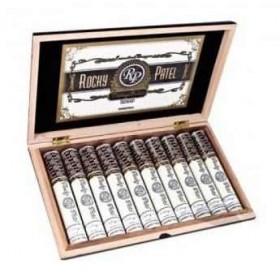Сигары Rocky Patel Vintage 1992 De Luxe Toro Tubos